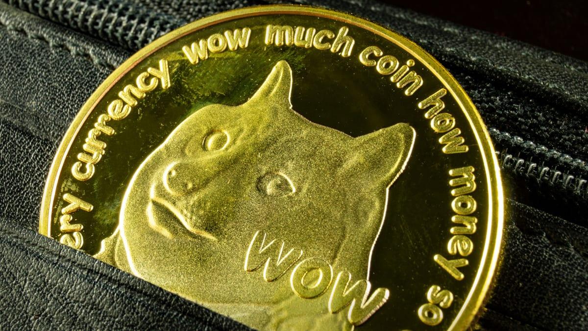 Πώς τα tweets του Έλον Μασκ ρίχνουν κατακόρυφα τη τιμή του Bitcoin και ενισχύουν το Dogecoin